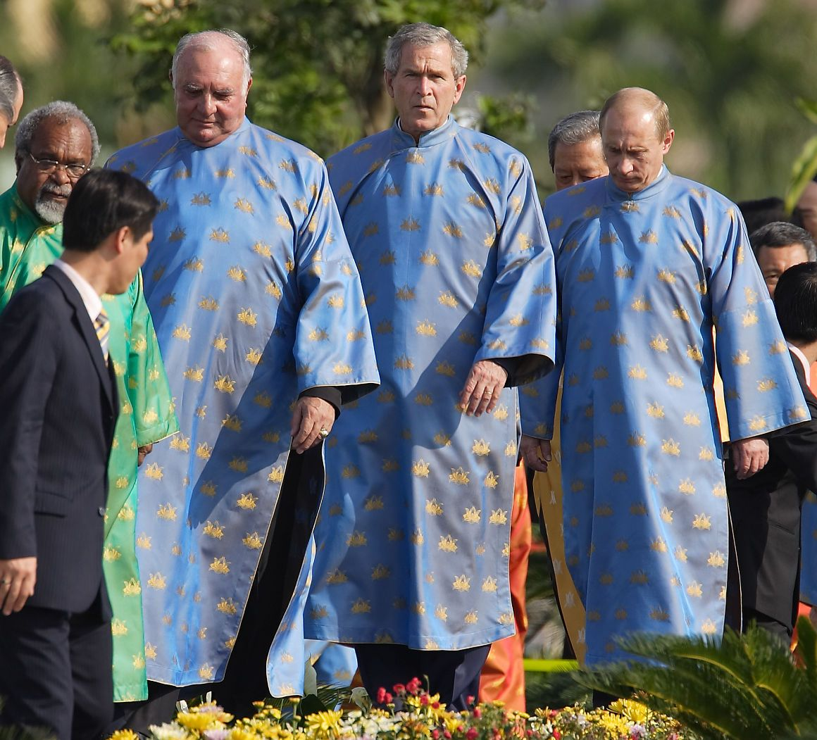no president rocks apec fashion like george w bush