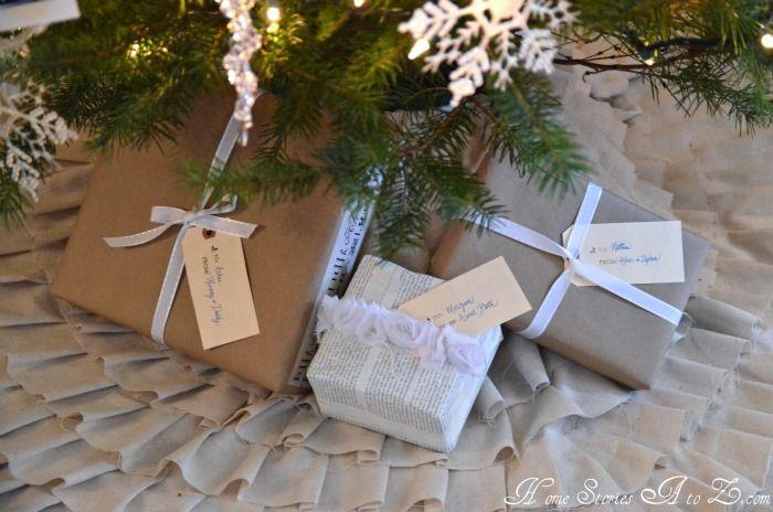 Linen ruffle no-sew tree skirt tutorial. @Debra Eskinazi Stockdale Eskinazi Stockdale Judson make. Meeeeee