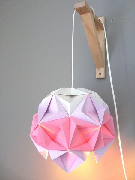 Luminaire Origami rose et mauve de Rue Rivoirette sur DaWanda.com
