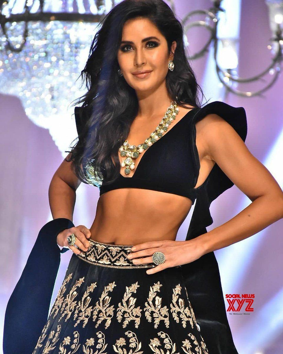 Actress Katrina Kaif Hot Stills From Lakme Fashion Week 2019 Social News Xyz Actress Katrina Kaif Hot Stills From Lak Lakme Fashion Week Katrina Kaif Fashion