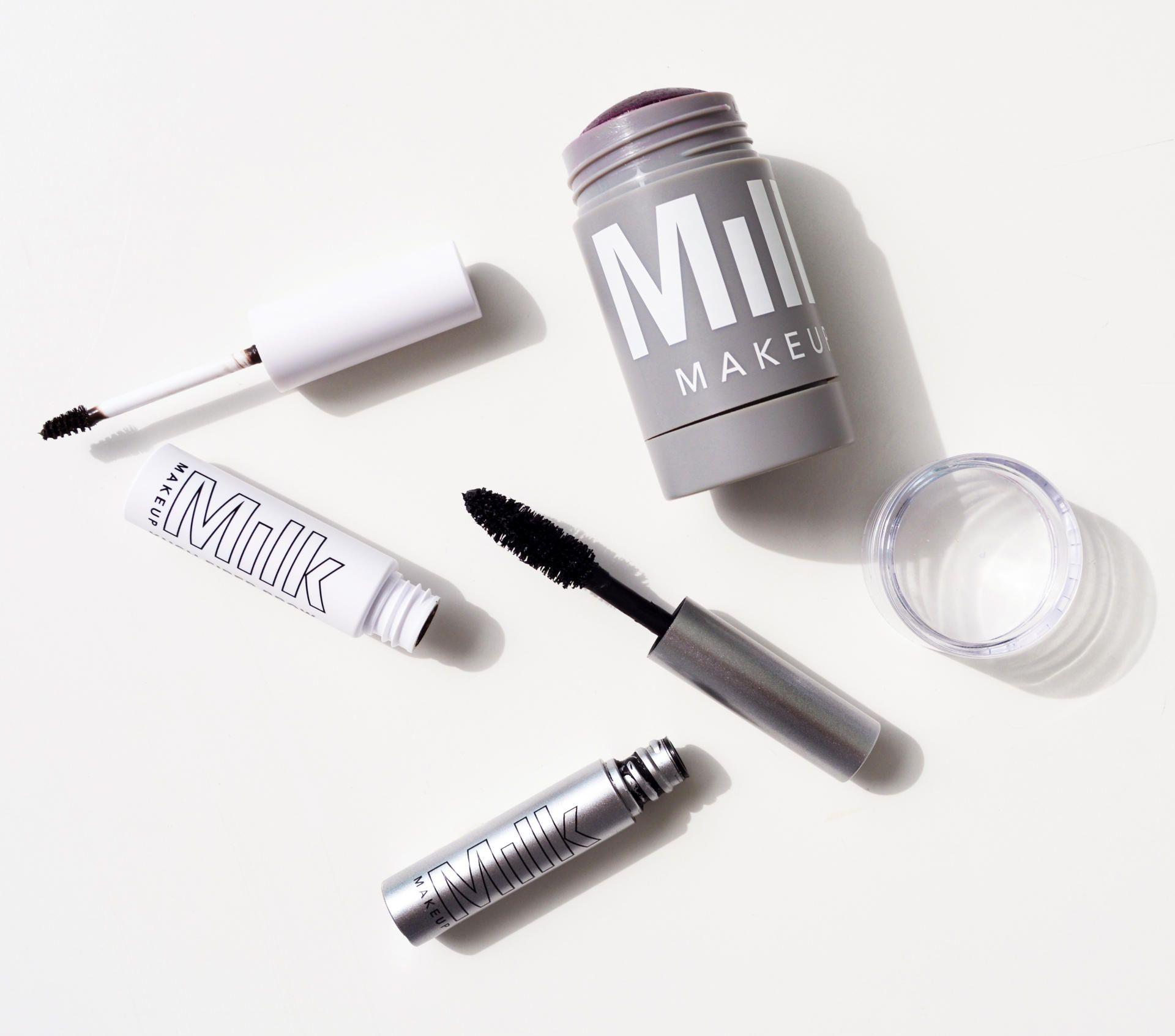 Review Makeup, Eyeliner, Milk