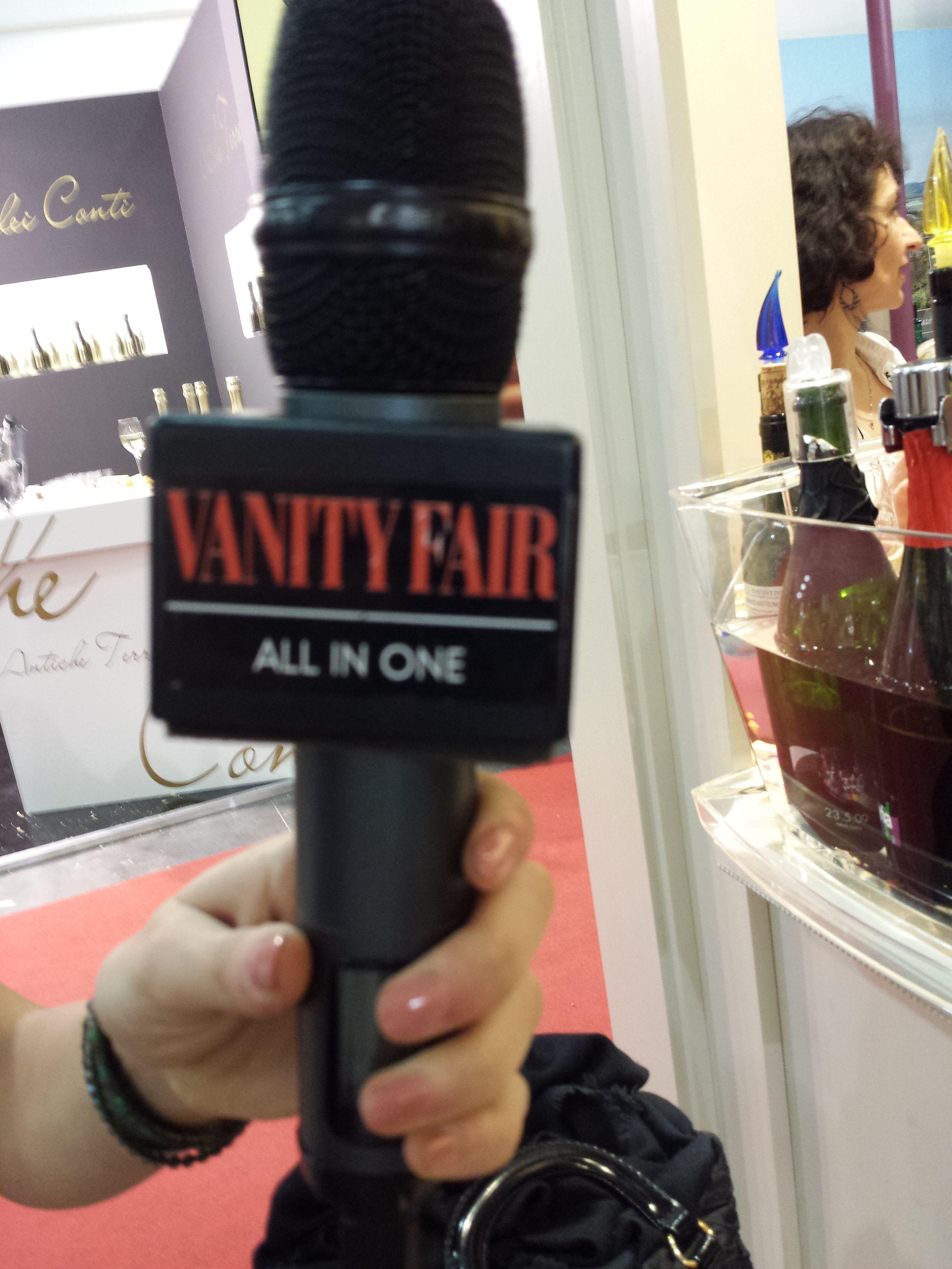 Siamo All-in-one..su Vanity Fair. Special Guest @Silvia Vietri #vinitaly2015 #lacantinadipaul #woodandwine #campofal #silviavietri