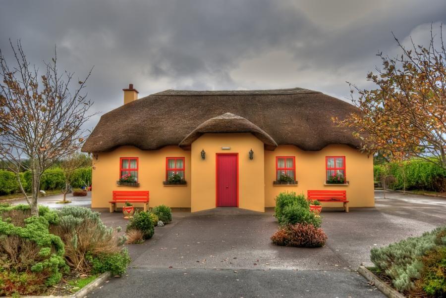 irish cottage by triviahouse pixdaus future home irish cottage rh pinterest com