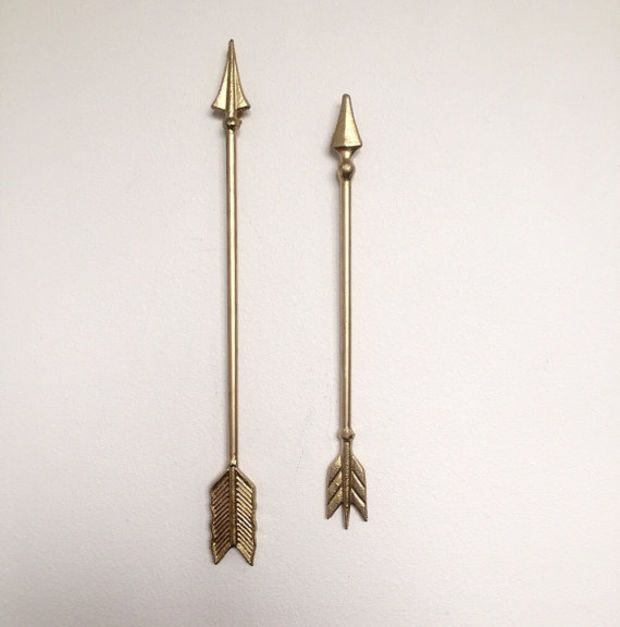 SET OF 2 ARROWS -Metallic Gold Cast Iron Metal Wall Hanging - Custom Painted Tribal Themed Home Decor Wall Hanging - Native American Arrow