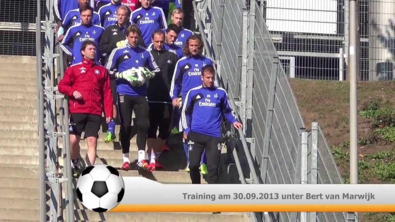 Bert van Marwijk bei seiner ersten Trainingswoche beim HSV