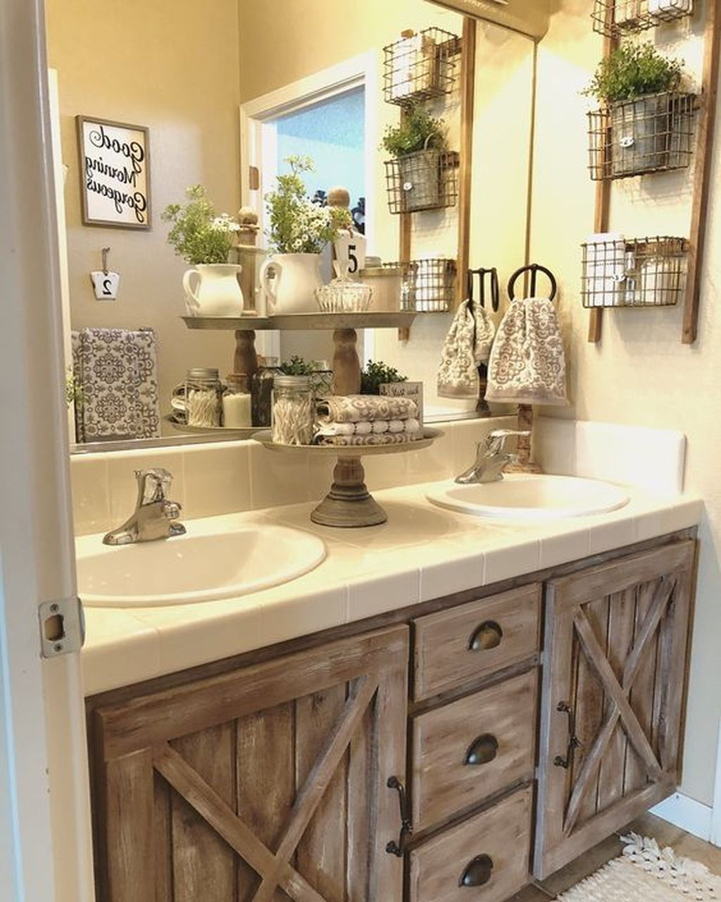 50 Lovely Bathroom Decor Ideas With Farmhouse Style - A-contemporary-home-blessed-with-some-rustic-magic