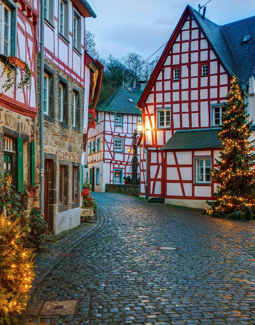 liebesdeutschland:  Monreal (Rheinland-Pfalz