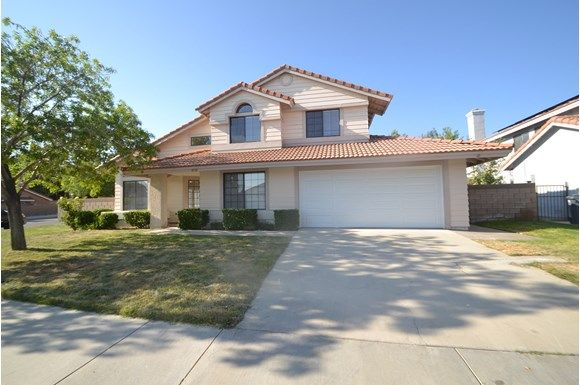 Homes in Palmdale CA Invitation Homes Homes for Rent