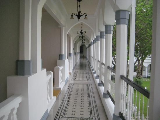 Shangri La Hotel Surabaya Surabaya Indonesia With Images