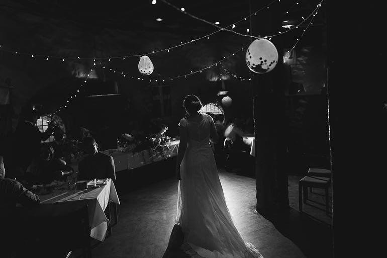 Fantastiska Elisabet & Johannes underbara ni vad härligt att få följa er under er #bröllopsdag. #bröllopsfotograf #bröllop2018 #bröllop #bryllup2018 #wedding #weddingphotography #brudpar #göteborg #kärlek #blackandwhite #love