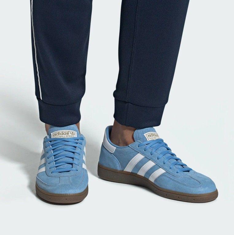 adidas Originals Mens Gazelle Lace up Sneaker, Sky Blue