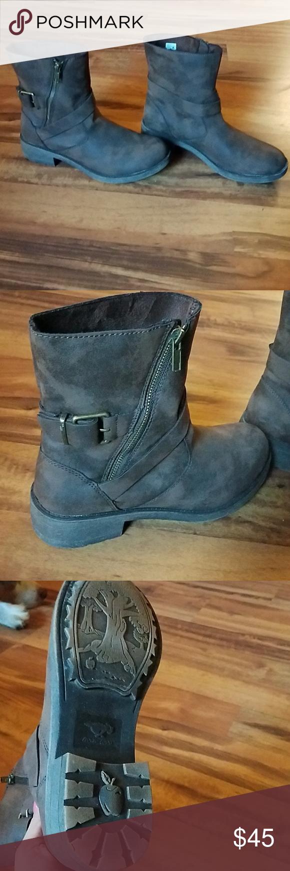 4ae1e538806 Zip up rocket dog boots Dark brown Zip up rocket dog boots. Barely ...