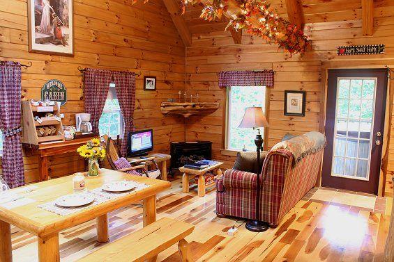 Log Furniture At Lovers Loft Hocking Hills Cabin Cabin Plans With Loft Cabin Hot Tub Cabin Plans