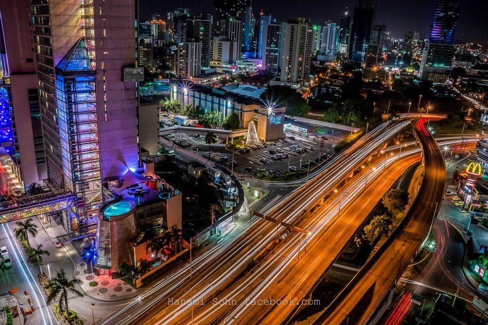 Panama de noche