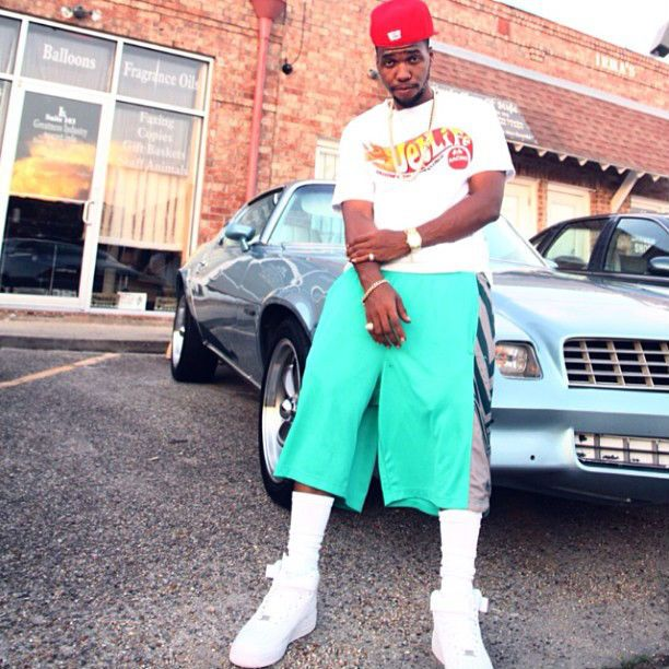 Curren$y wearing Nike Air Force 1 Mid White New Hip Hop Beats Uploaded EVERY