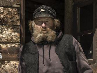 Rich Lewis Mountain Men Cast History Com Rich Lives