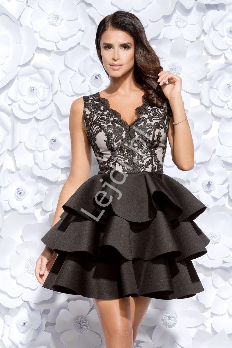 0419bc2382 Czarna wieczorowa krótka sukienka z jasną górą