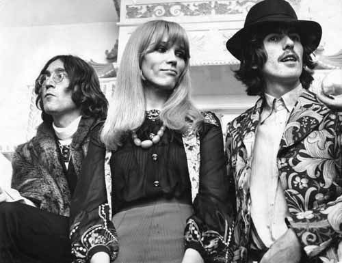 John Lennon Amanda Lear My Upstairs Neighbour In The 60s And George Harrison