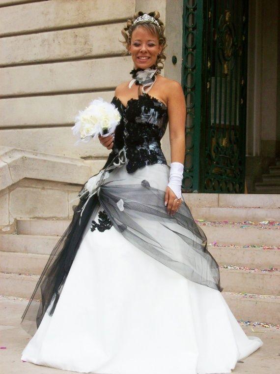 Robe de mariee noire et blanc morelle