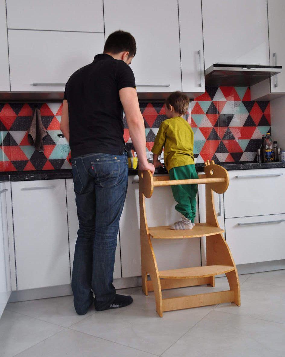 little helper tower giraffe helper toddler step stool kitchen rh pinterest com
