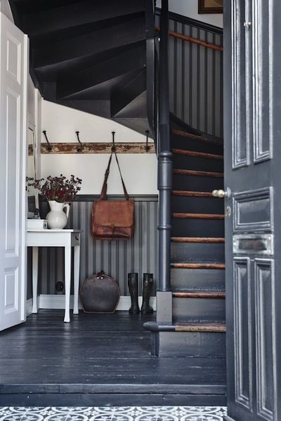 Entrée En Gris Bleu House Ideas Escaliers Maison
