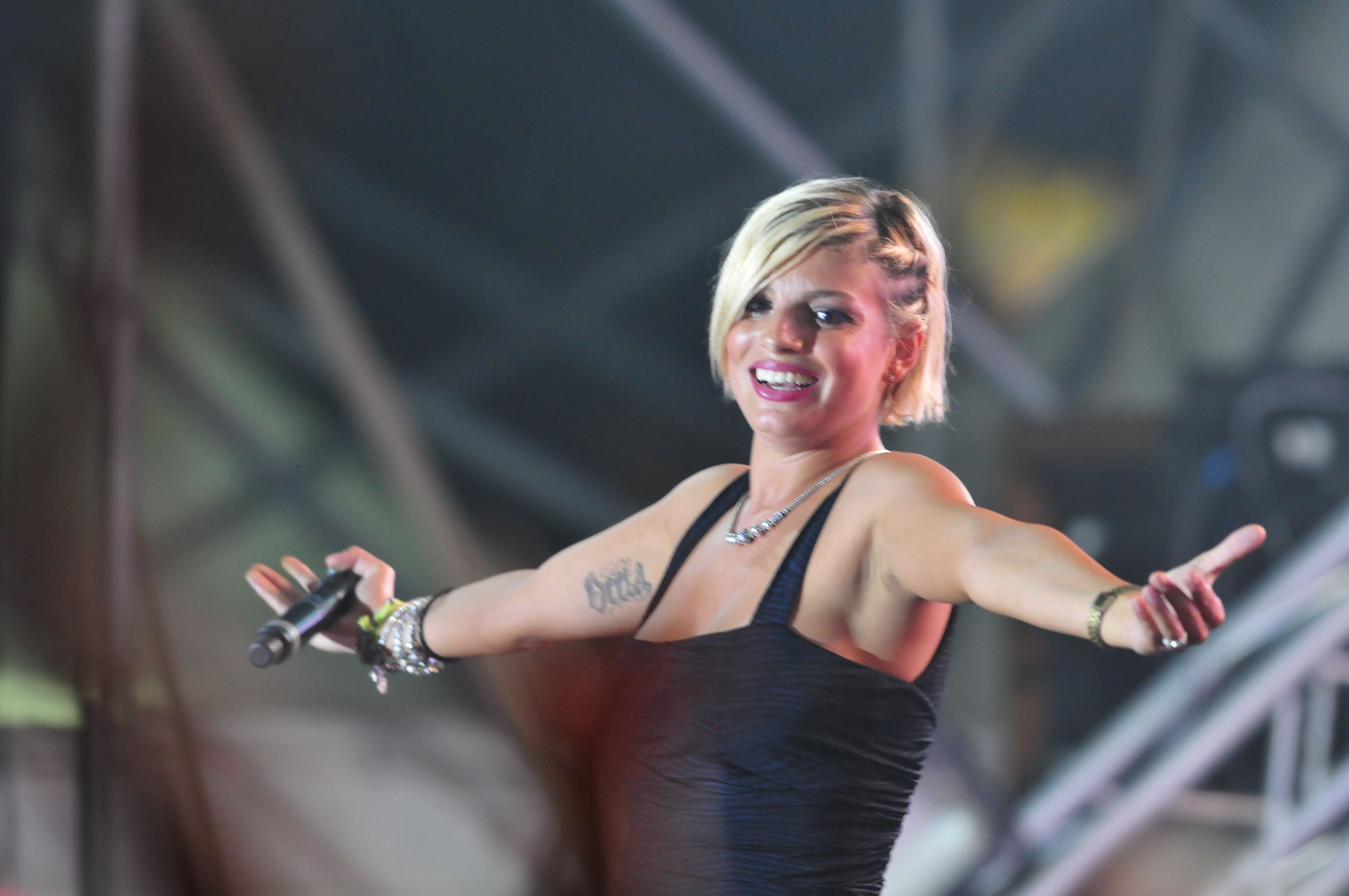 Is a cute Emma Marrone nudes (42 foto and video), Pussy, Is a cute, Boobs, cleavage 2017