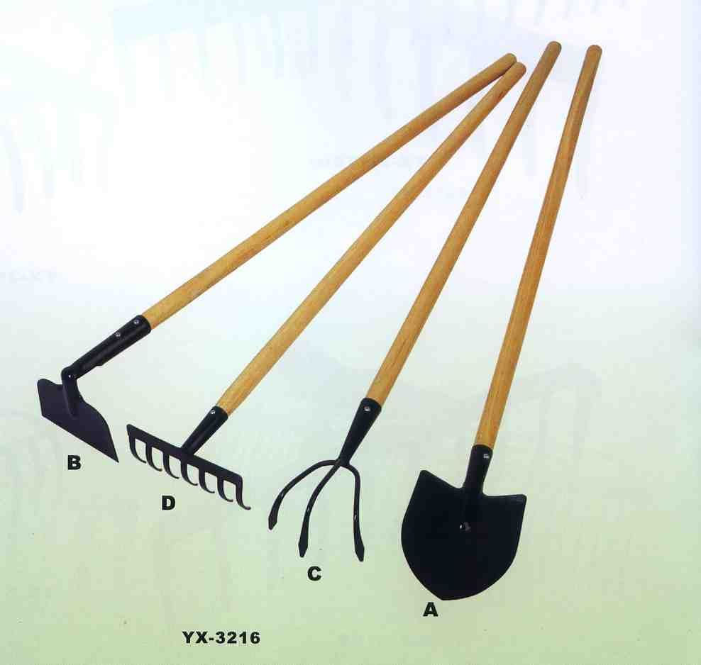 Garden tools in gardening gardening tools pinterest for Small garden hand tools