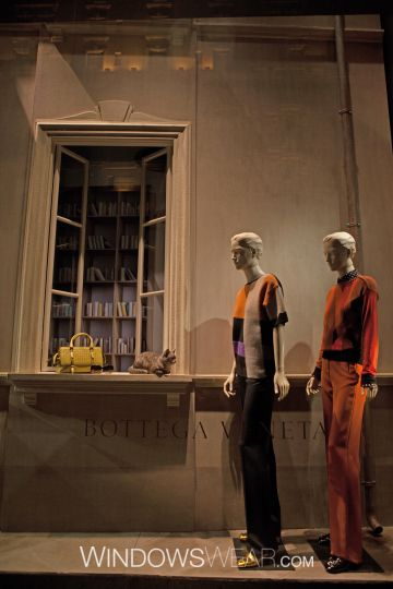 WindowsWear PRO   The Google Earth of Store Windows   The World's Largest Window Display Database   Inspiration, Trends, & Analysis from the World's Fashion Window Displays