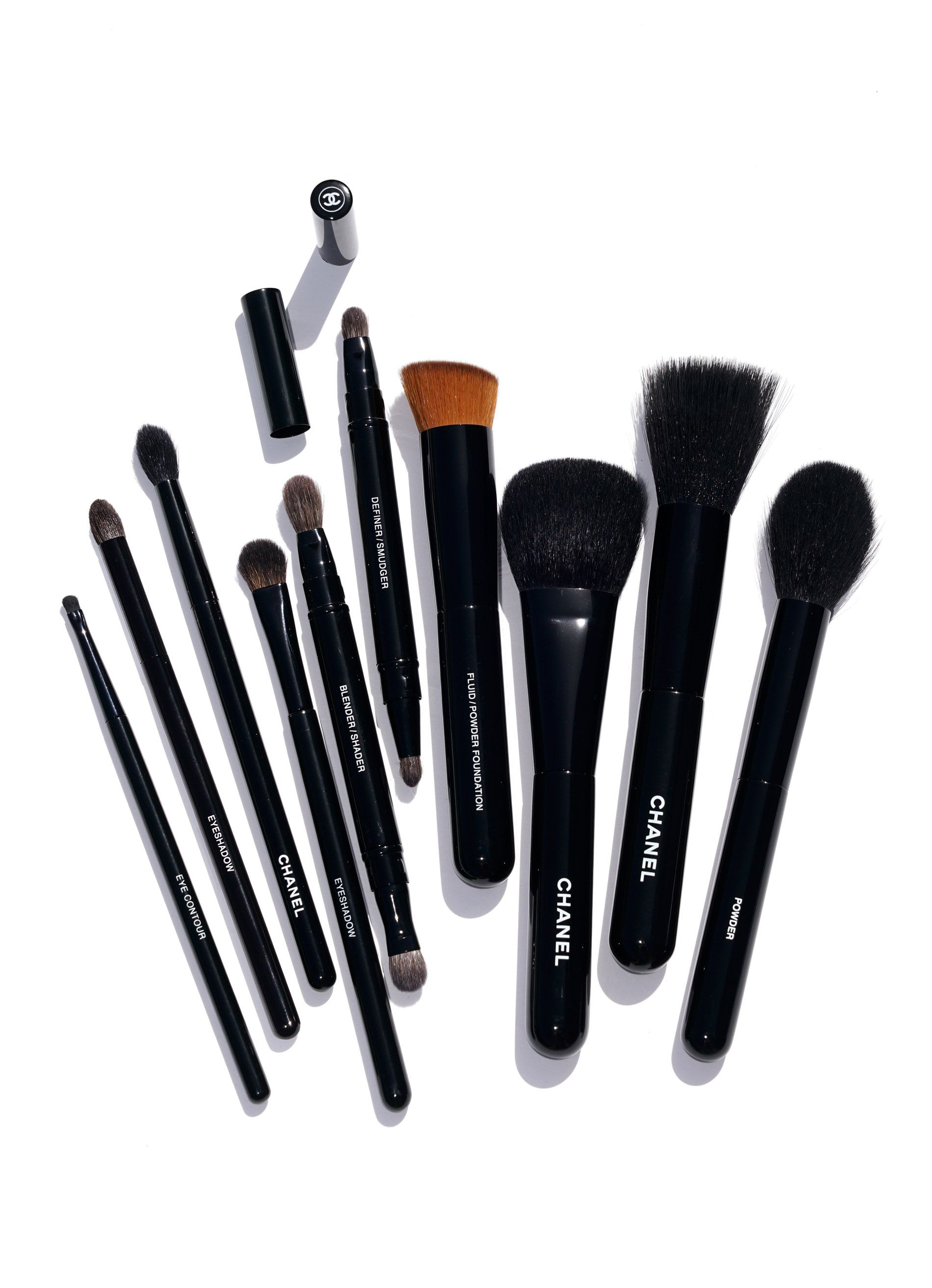 Chanel Makeup Brushes New Design Chanel makeup, Makeup