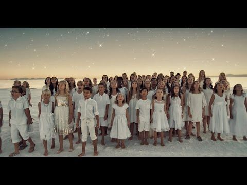 Quot Diamonds Quot By Rihanna Cover By One Voice Children 39 S Choir Youtube Rihanna Cover Choir Choir Songs Verse one long ago in a peaceful night in a land where rich kings ruled the world chorius king of kings and lord of lords the prince of peace brings good will wise men came to worship the. quot diamonds quot by rihanna cover