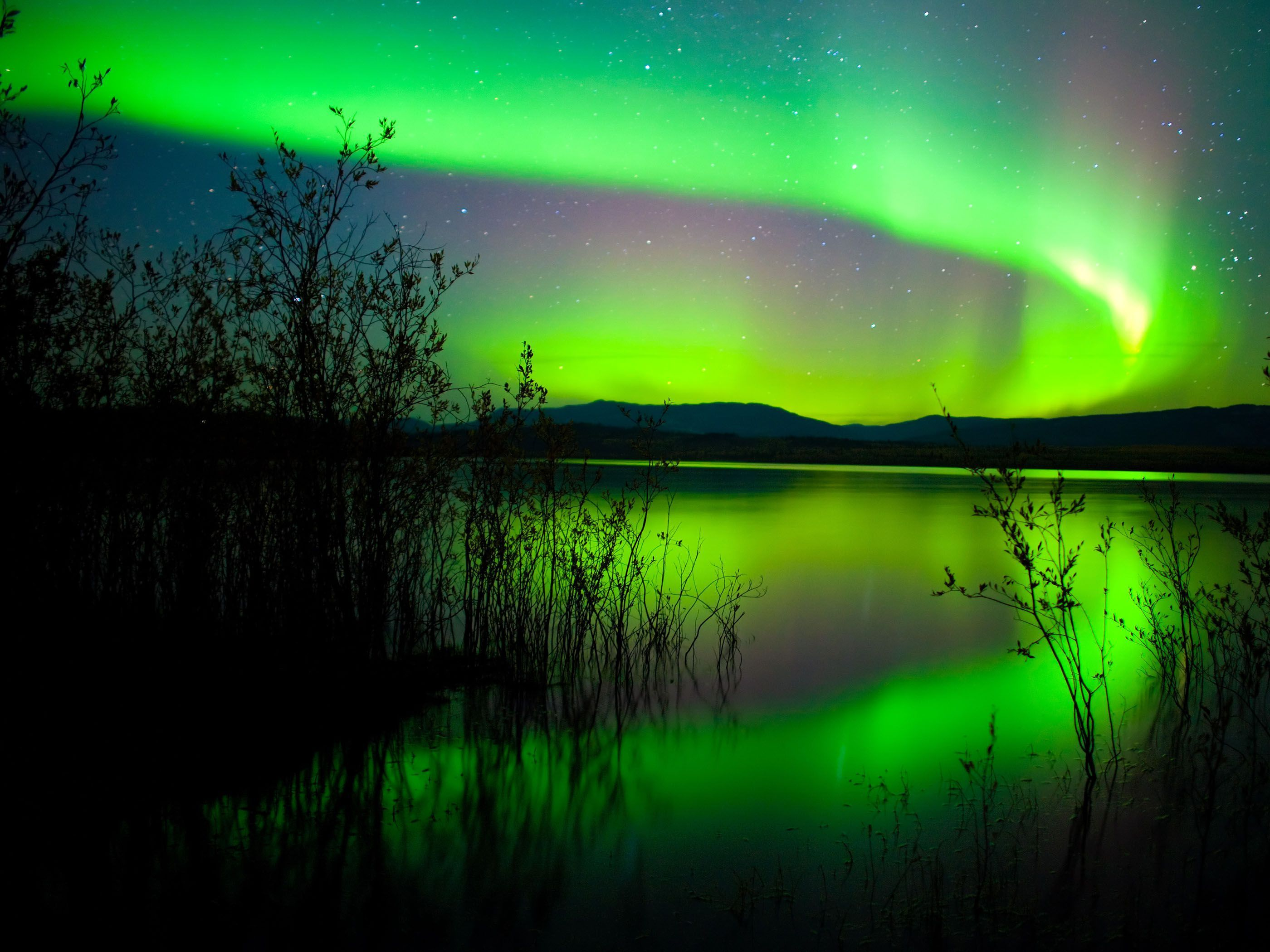 northern lights wallpaper high definition northern lights wallpaper download wallpapers in hd quality