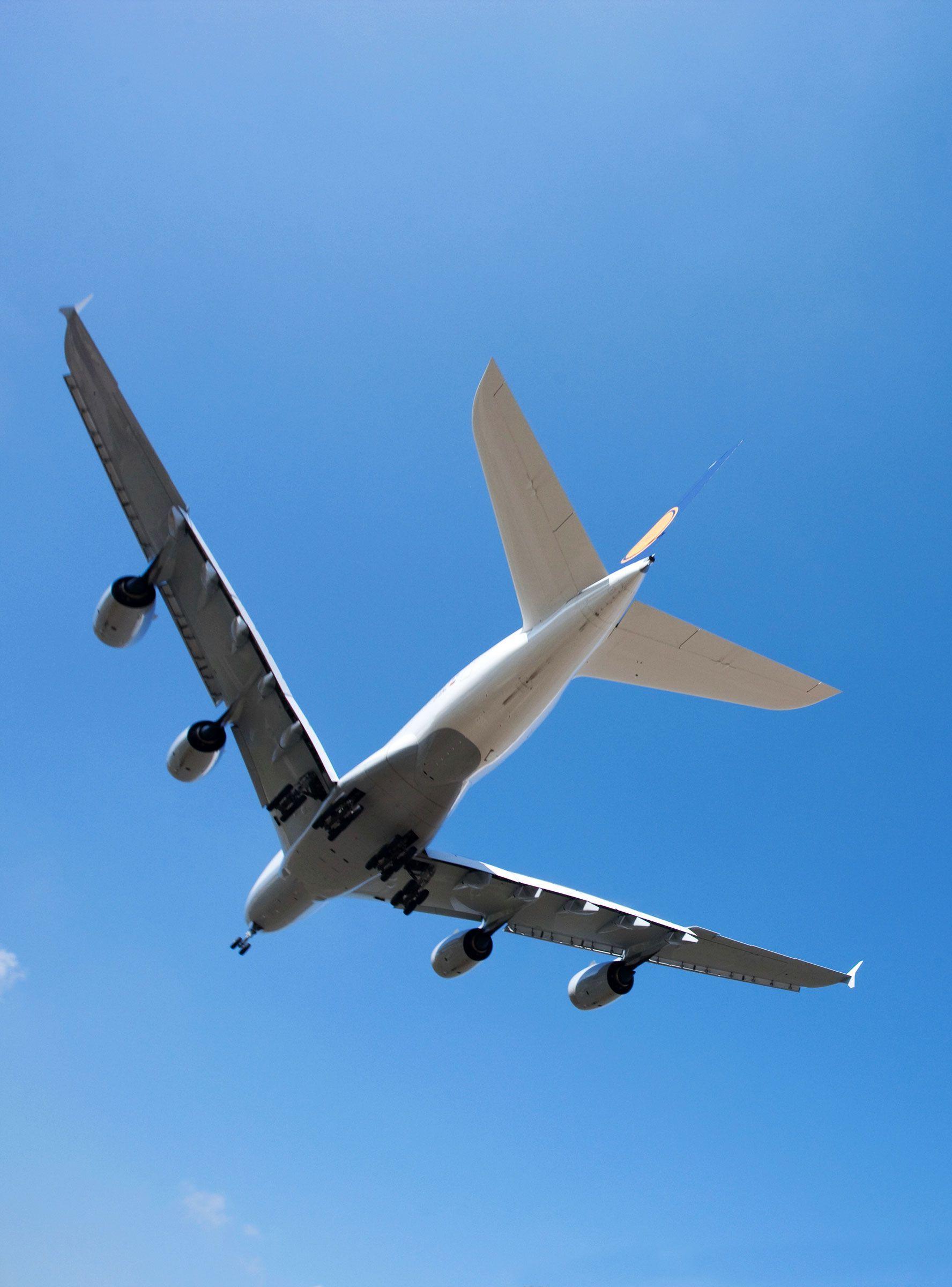 JetBlue's Big Spring Sale Features 39 Flights — Don't