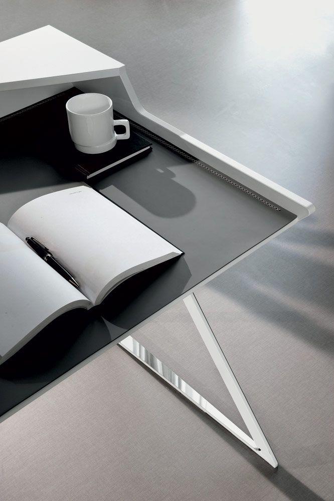 Qwerty Desk detail, Contemporary Home Office Design at Cassoni.com