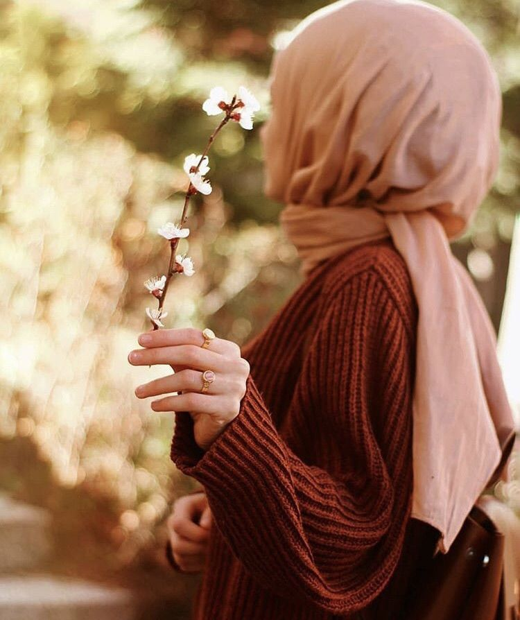 Discovered By Princess Find Images And Videos On We Heart It The App To Get Lost In What You Love Beautiful Hijab Hijab Hipster Girly Photography