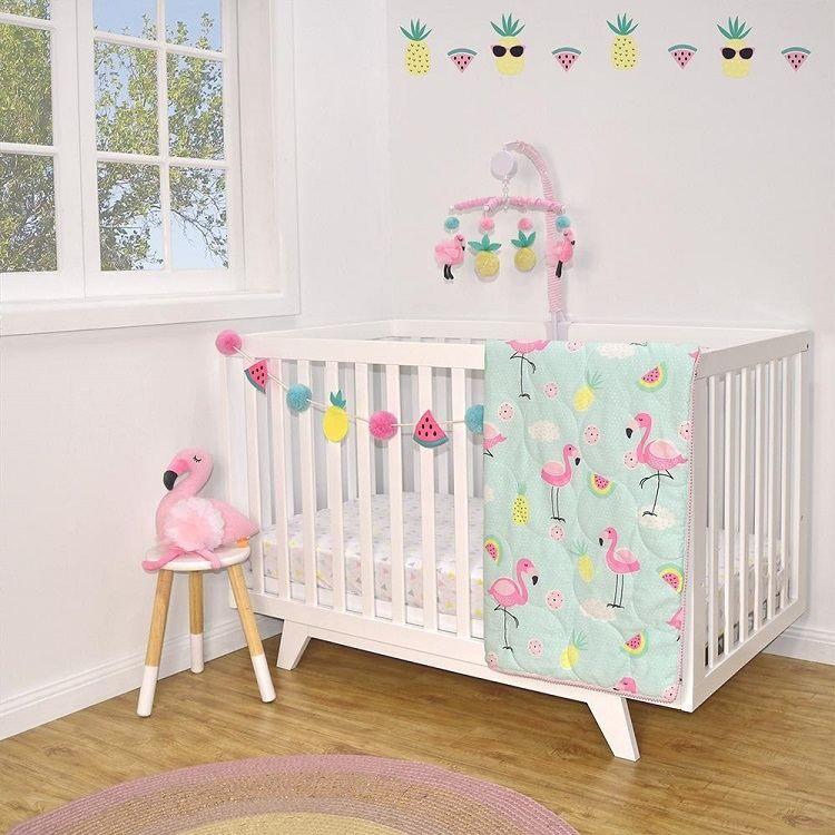 Flamant Rose Deco Dans La Chambre De Bebe Deco Chambre Bebe Chambre Bebe Deco Mur Chambre Bebe