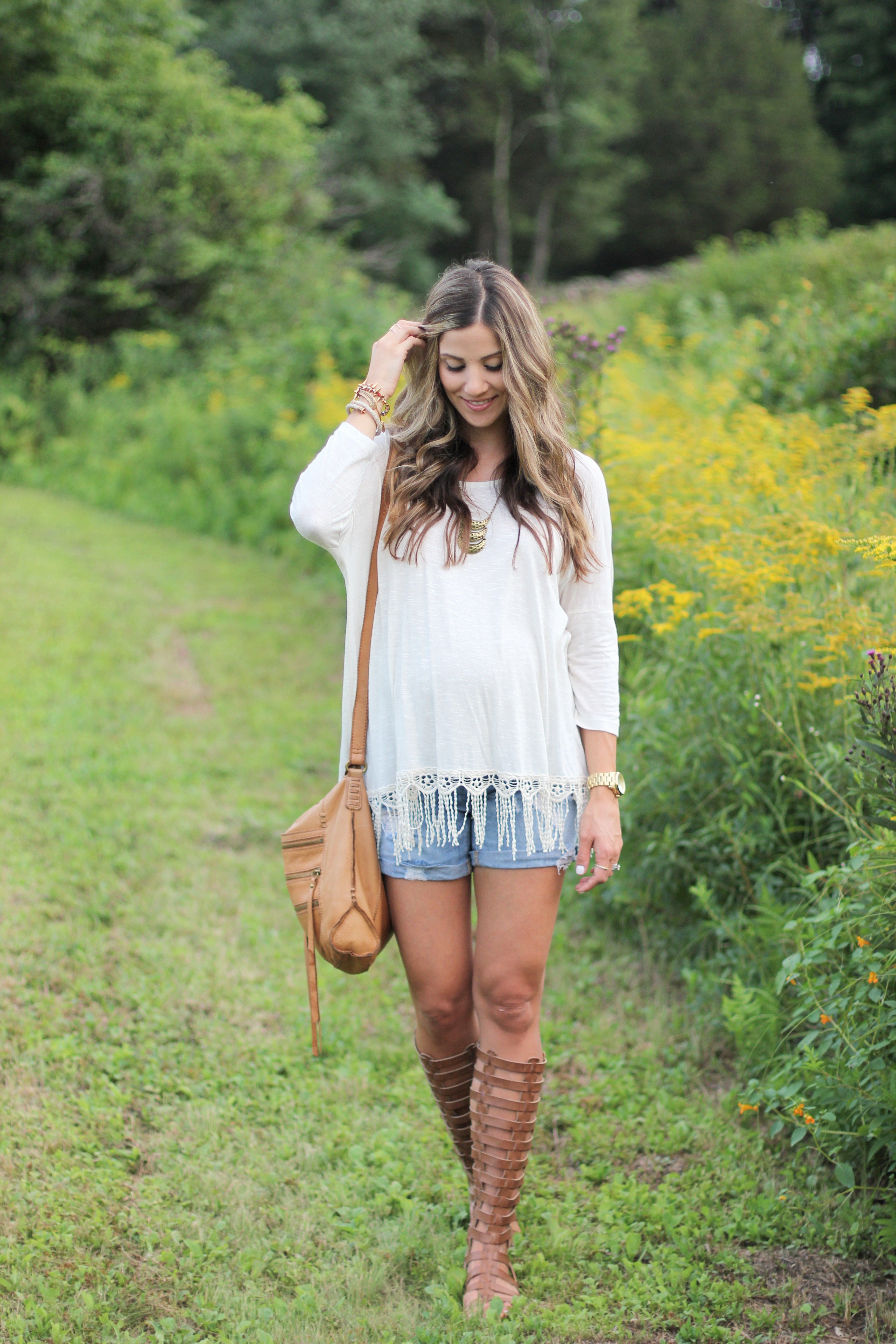 64863f5df6 Are you looking for the best maternity clothing stores  Lifestyle blogger Lauren  McBride has compiled the perfect maternity clothing store list!