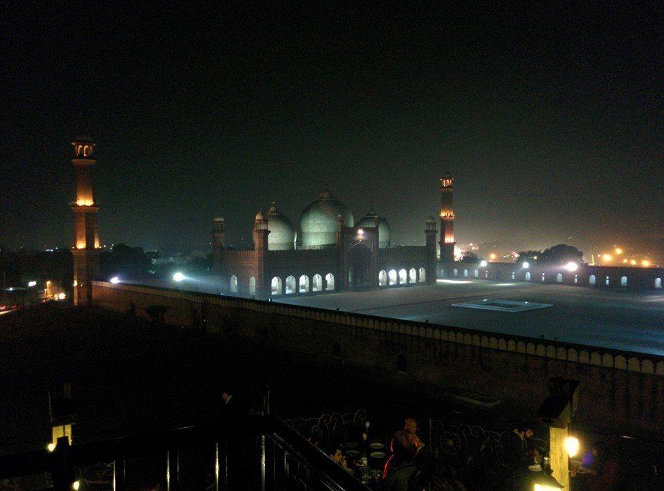 Badshahi Mosque (Masjid) #Lahore #Punjab Night View #MughalMosque #Pakistan #BadshahiMosque