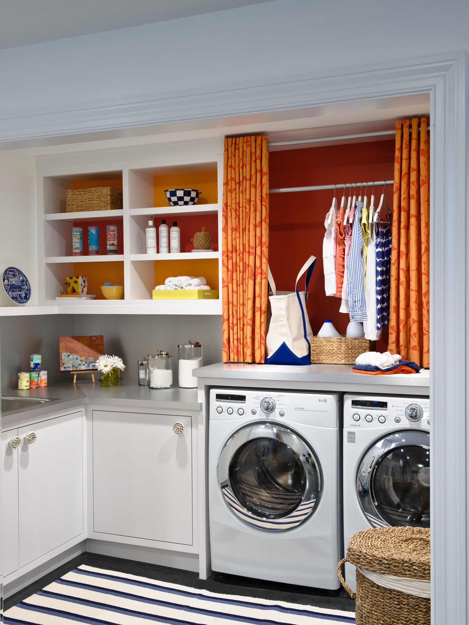 The basement laundry room doesn&39;t have to lack style. These plenty basement laundry room ideas ...