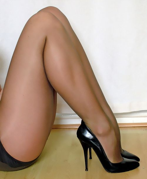 Free pantyhose high heels