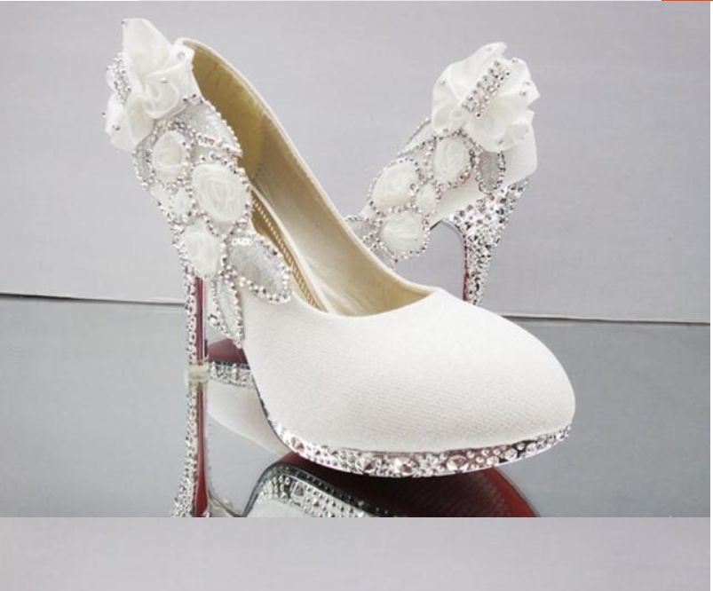 09de350a8925 White Beautiful Vogue Lace Flowers Crystal High Heels Wedding Bridal Shoes