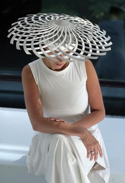 Eugenie van Oirschot #milinery #hats #judithm She also does this hat using hemp braid. Which can be found here- https://www.judithm.com/catalog/natural-fiber-braiding~☆~