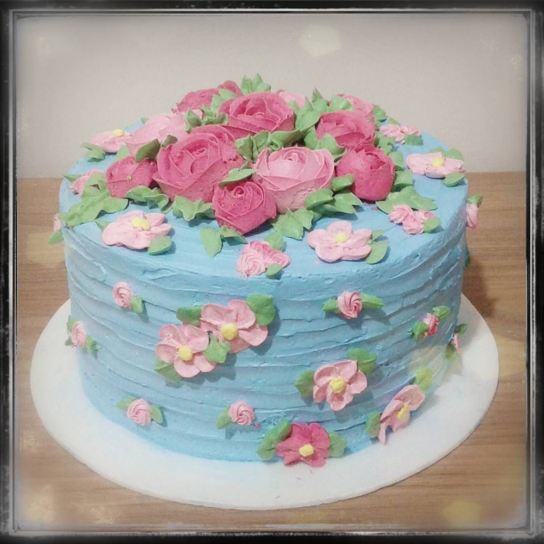 So Pretty I D Love To Learn To Decorate Cakes Bolos Decorados
