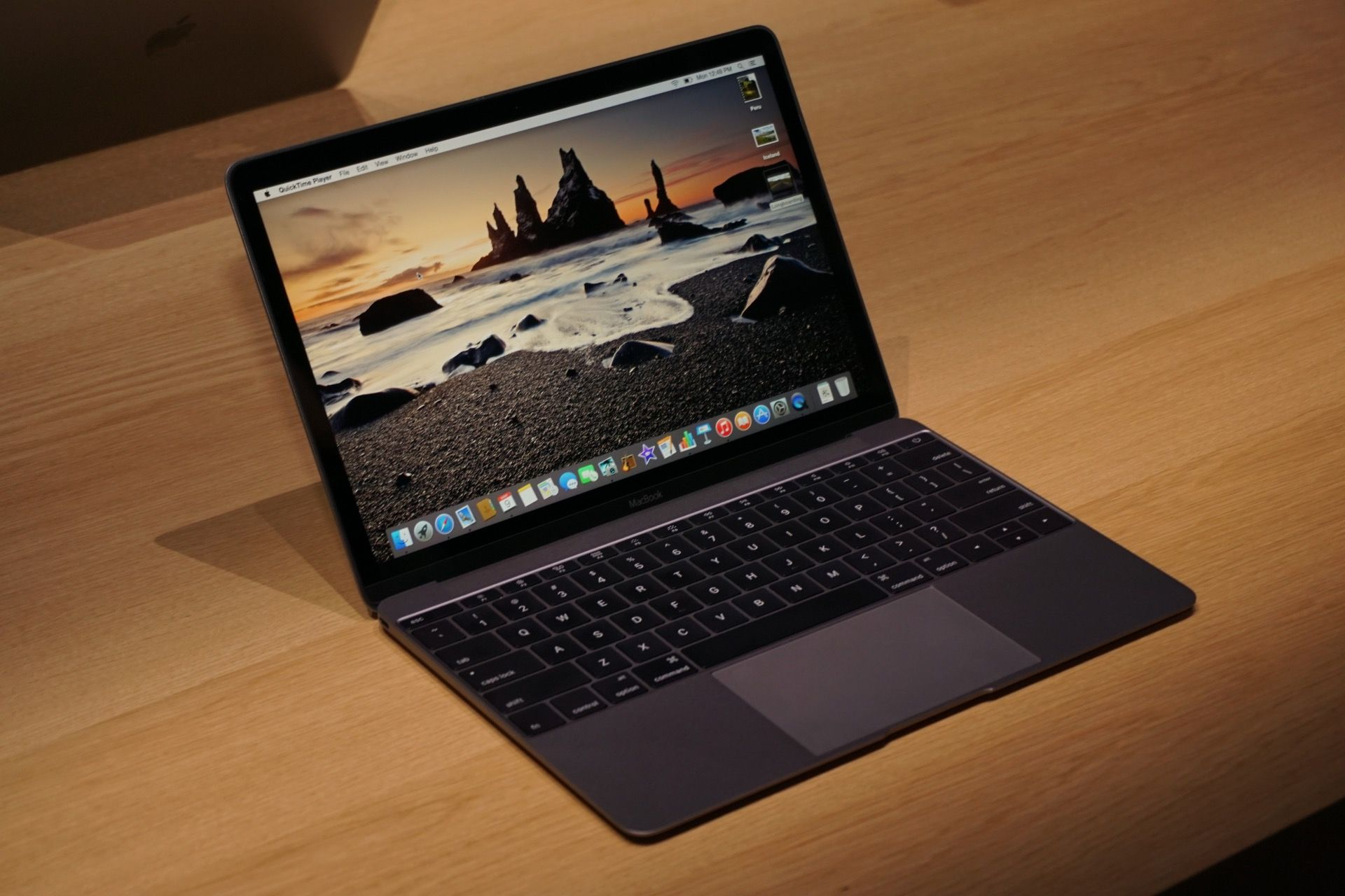 New Macbook Apple Smartphone Apple Laptop Apple Products