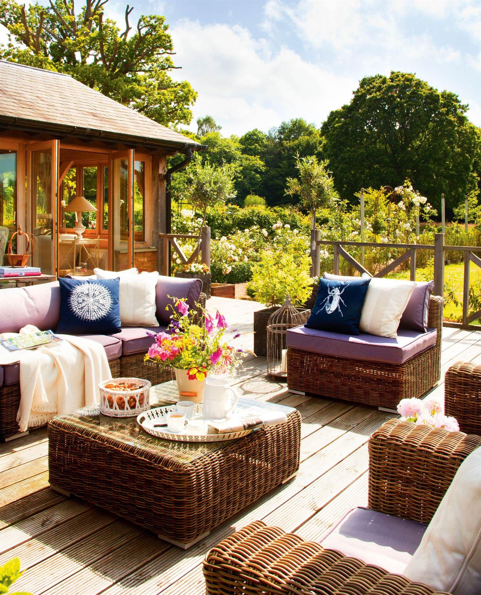 Terraza talla l comedor estar outdoor terrazas y for Jardin al aire libre de madera deco