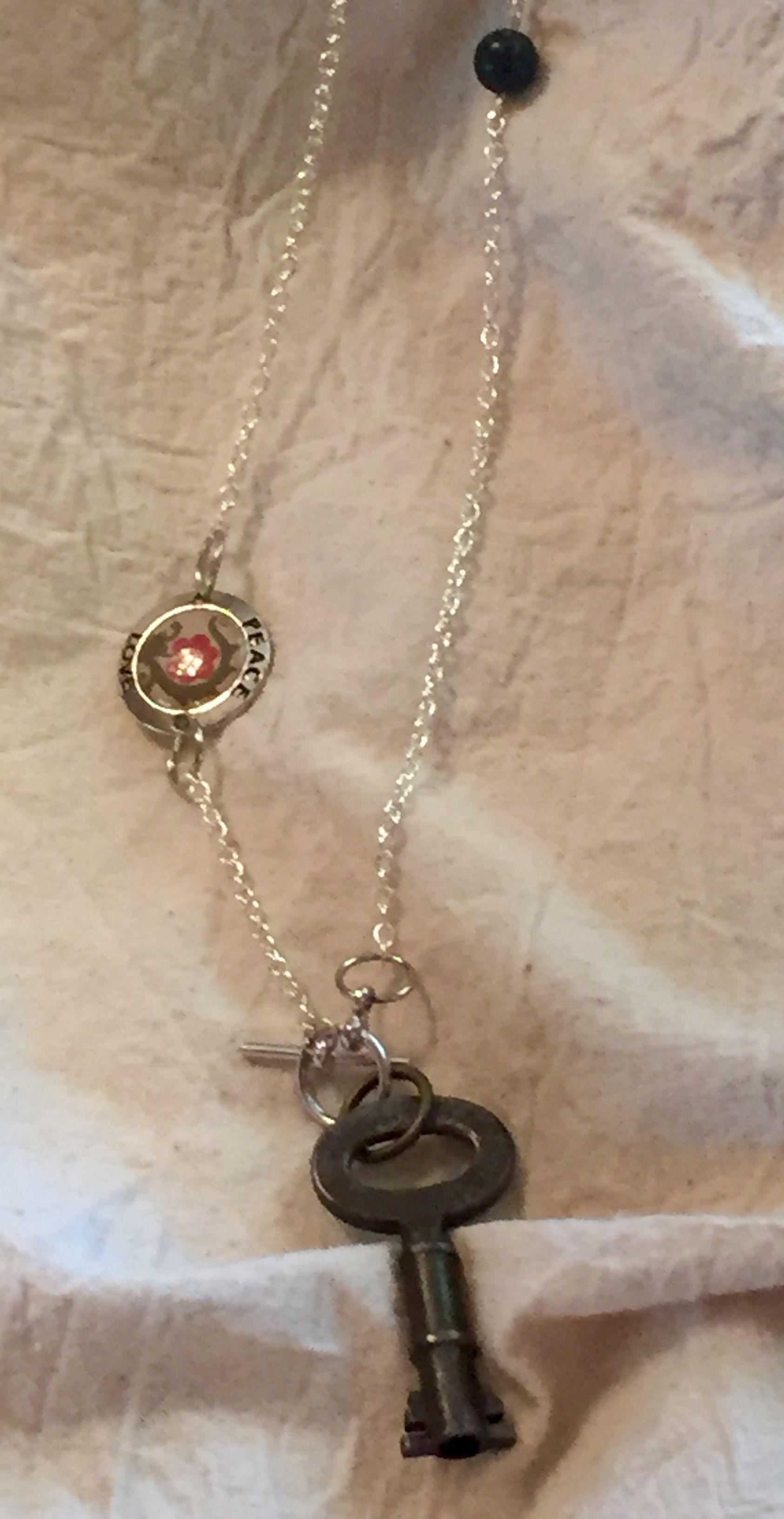 Pin by Dolores Hogan on Vintage key jewelry Key jewelry