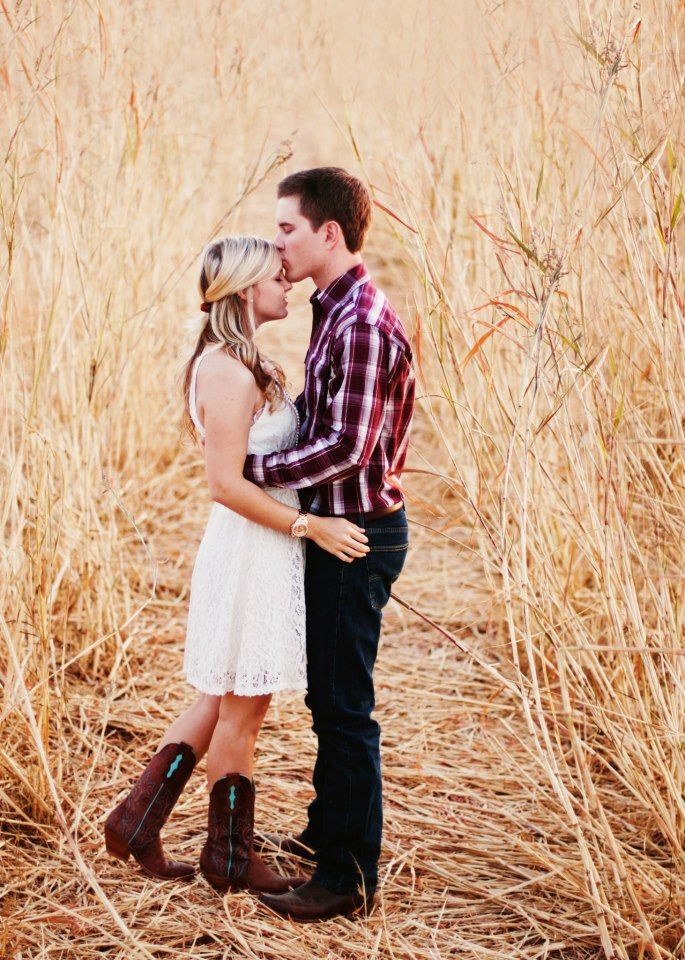 Precious, Forehead Kiss, So Much More Meaning Than A Kiss On The Lips  Country Love -9178