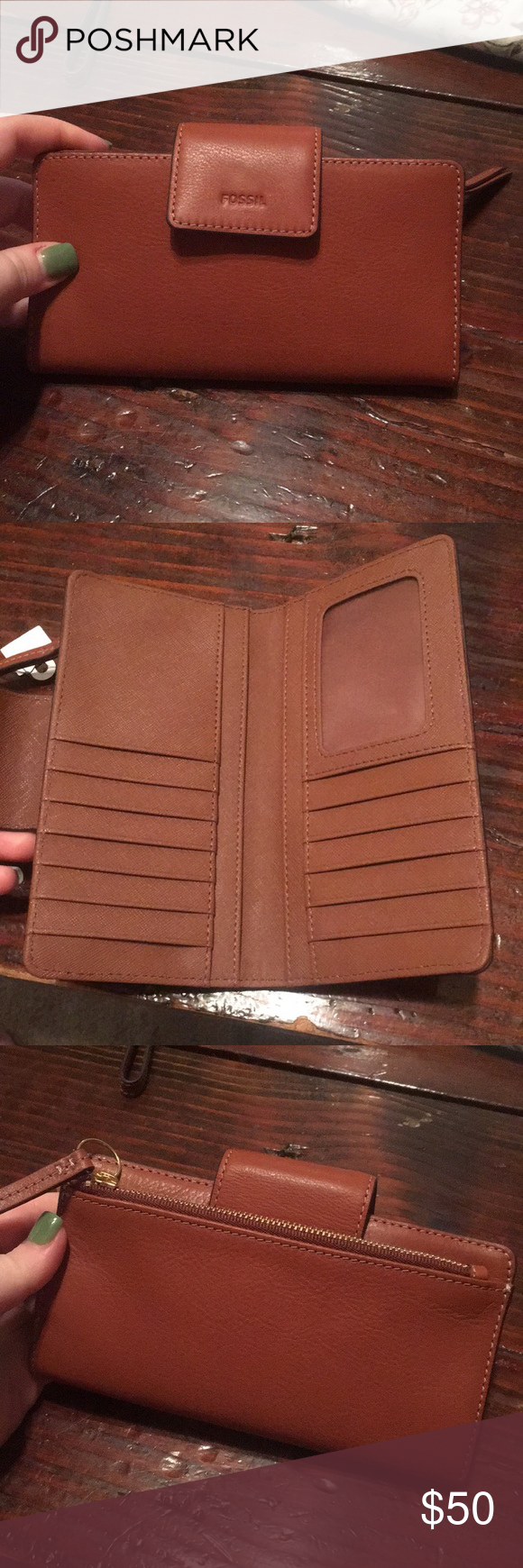 Fossil wallet Brand new. Never used. Perfect condition