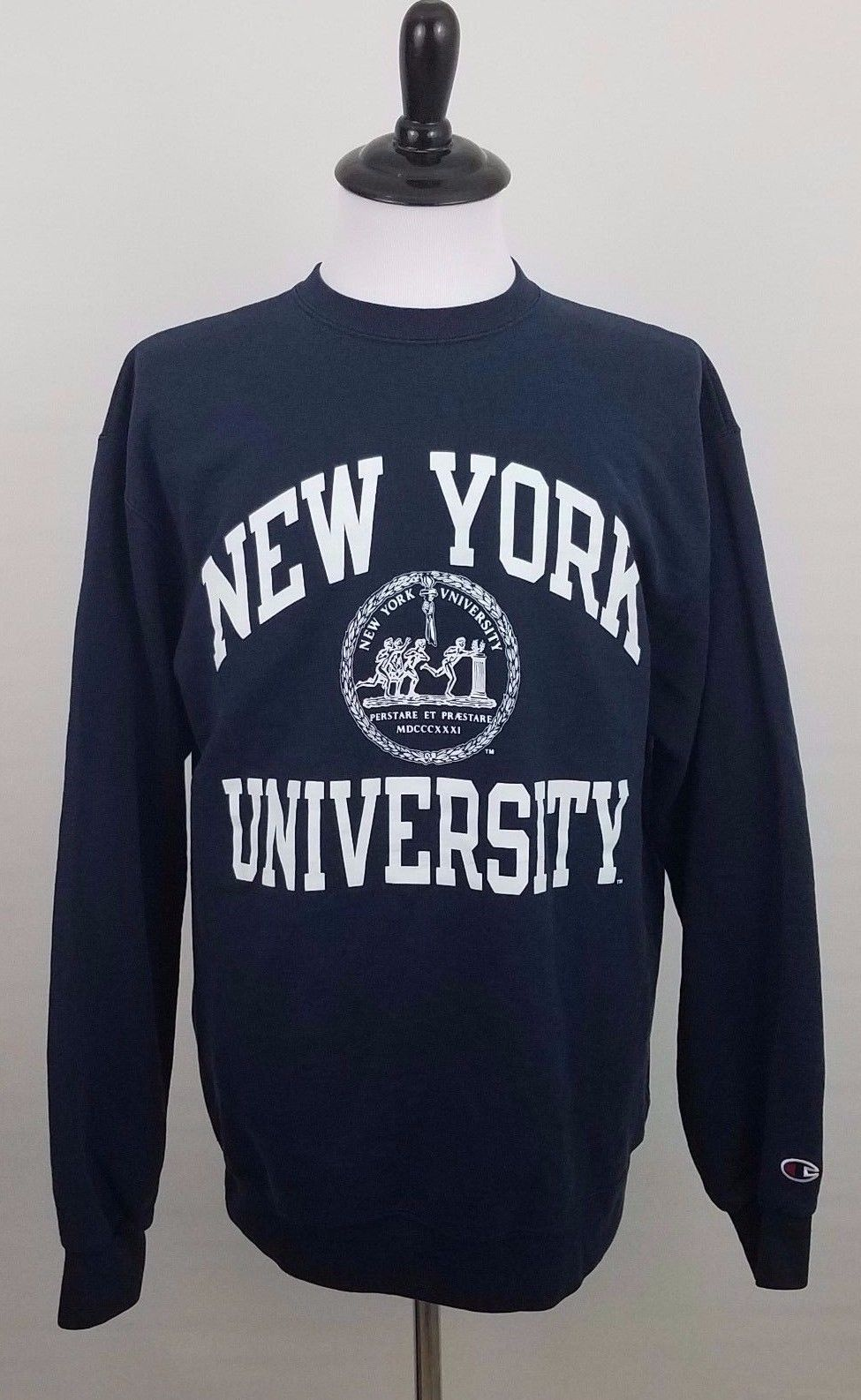 Vintage New York University NYU Navy Champion Sweater Size L (C31) Supreme  Bape 01001a478