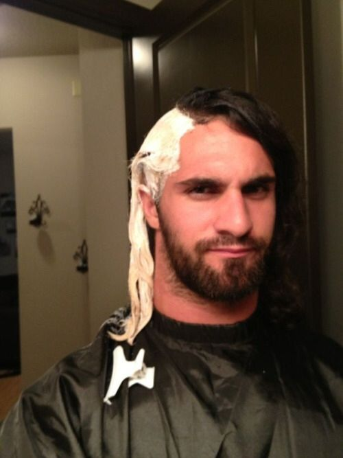 Seth Bleaching His Hair Blonde Lol Seth Freakin Rollins Seth Rollins Wwe Pictures