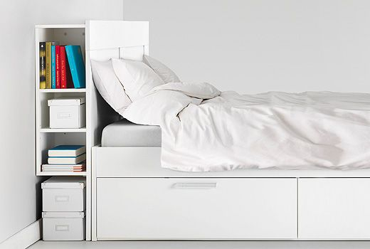 Headboards Add A Distinctive Personal Touch To Your Bed But Are Also Good For Mounting Spotlights While Hiding The Cables At Ikea You Ll Fin Kopfteile Kleines Haus Schlafzimmer Und Bett Kopfteil